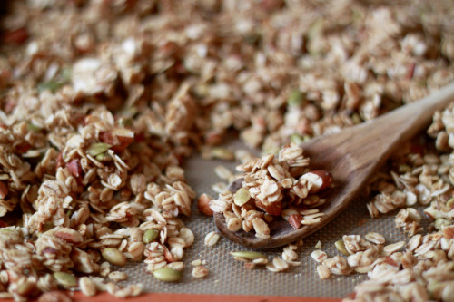 Simple Homemade Granola | Foodinary